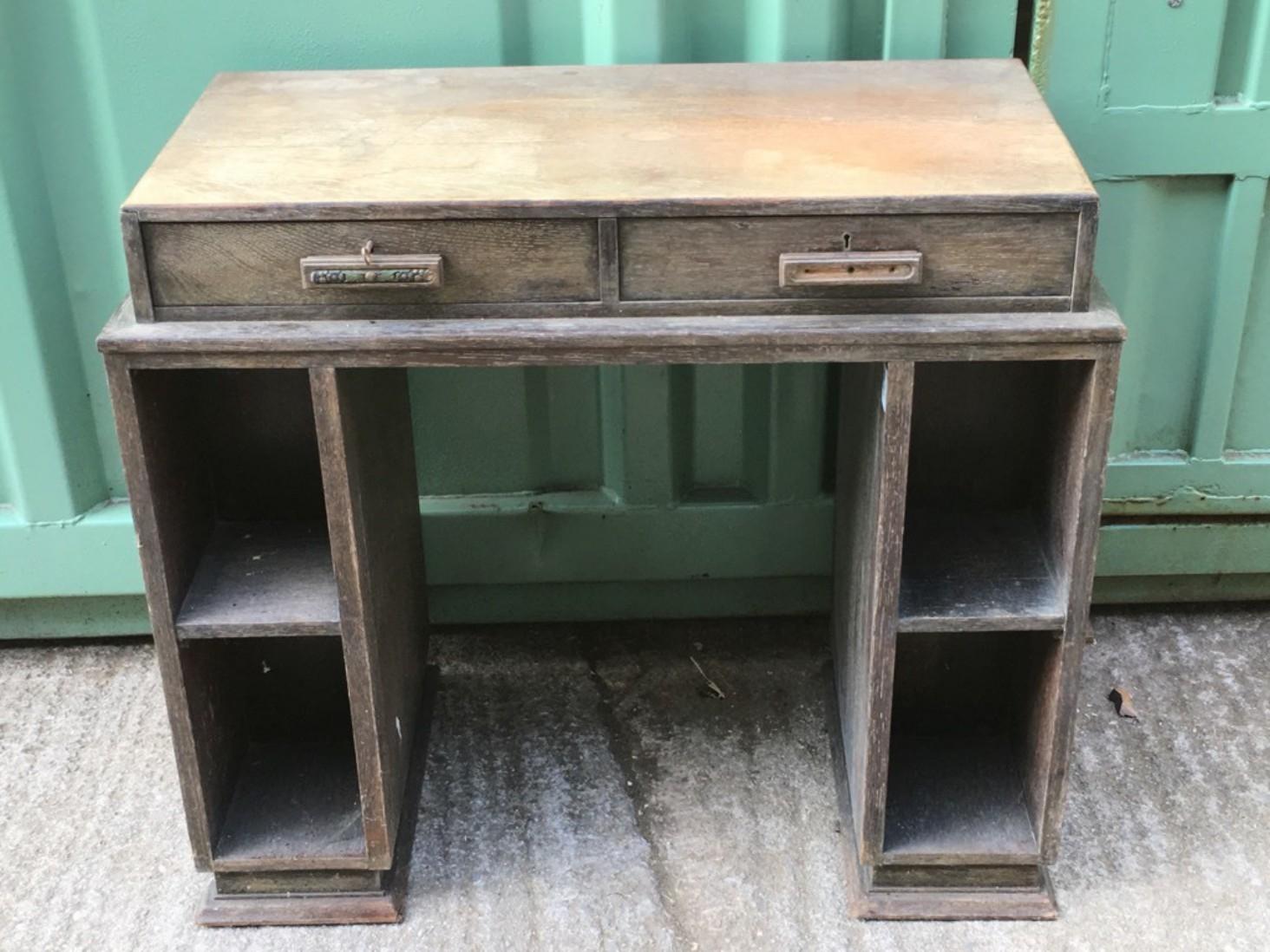 Desks & Office Furniture