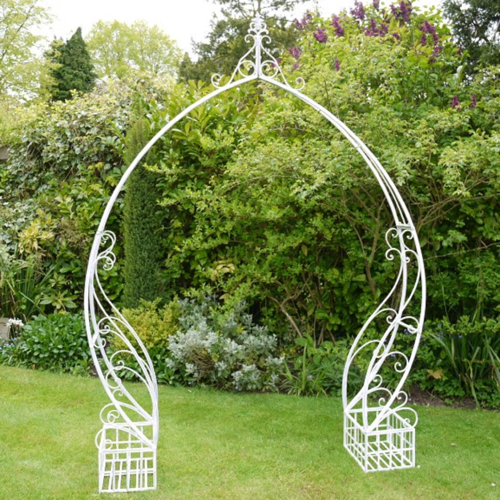 Simple Wide Garden Rose Arch Off White Metal 8ft 5in