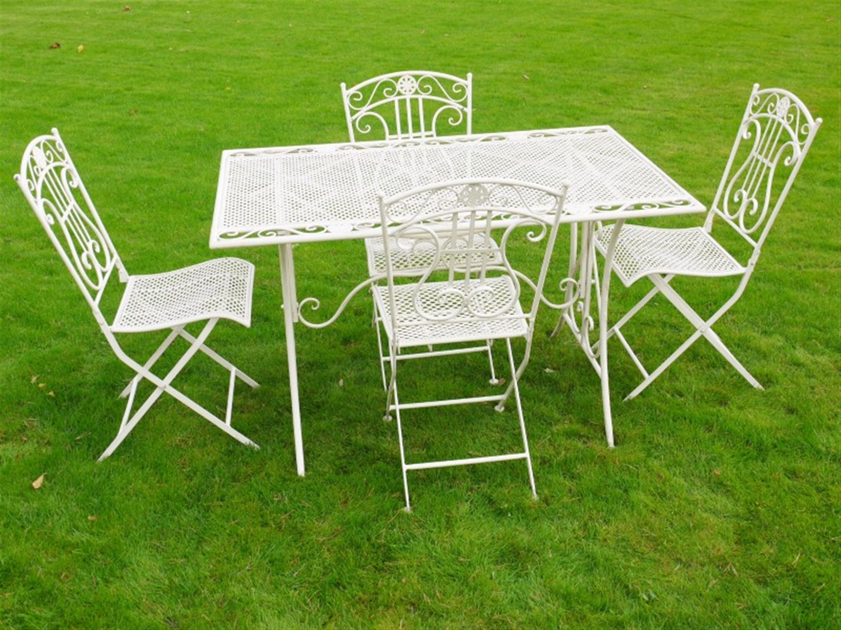 Decorate Outdoor Bistro Table Set With Chairs In Garden  : 34035878 from www.madepl.com size 1700 x 1275 jpeg 1295kB