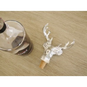 """Silver Coloured Stag Bottle Top 5½"""" High"""