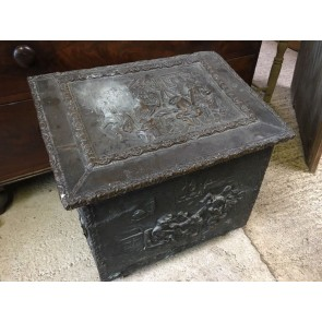 "Old Reclaimed Pine Coal Or Log Box With Old Country Kitchen Scenes 20½"" Wide"