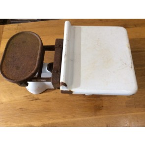 """Reclaimed Old Cast Iron Avery 7lb Weighing Balance Scales 21""""x38"""""""
