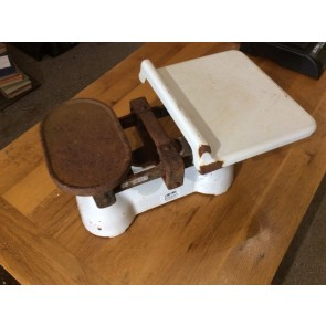 Reclaimed Old Cast Iron Avery 7lb Weighing Balance Scales 21