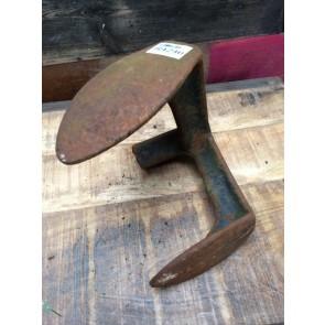 Interesting Salvaged Vintage Old Cast Iron 2 Size Cobbler's Shoe Horn Last